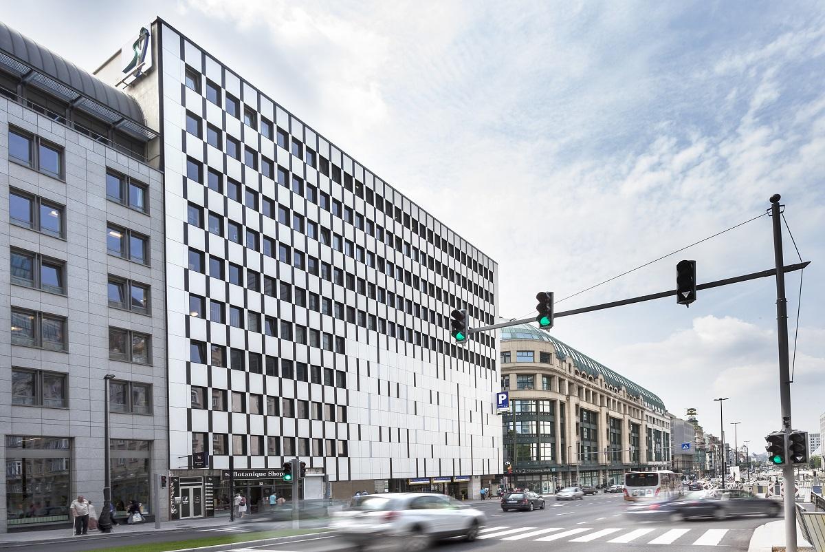 Rénovation de la façade de l'hôpital Saint-Jean à Bruxelles