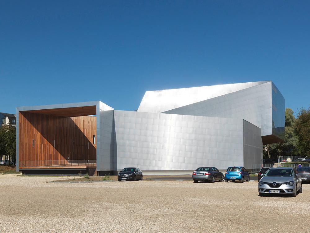 Scène de musiques actuelles, Hérault Arnod