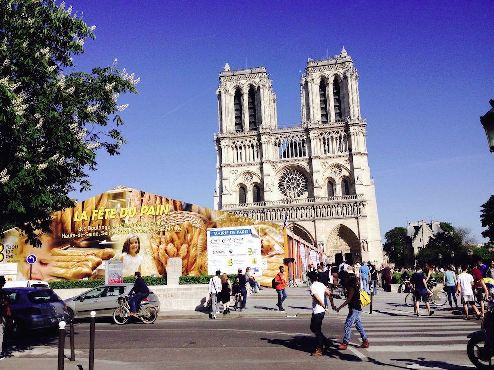 Le nouveau (af)fronton de Notre-Dame de Paris
