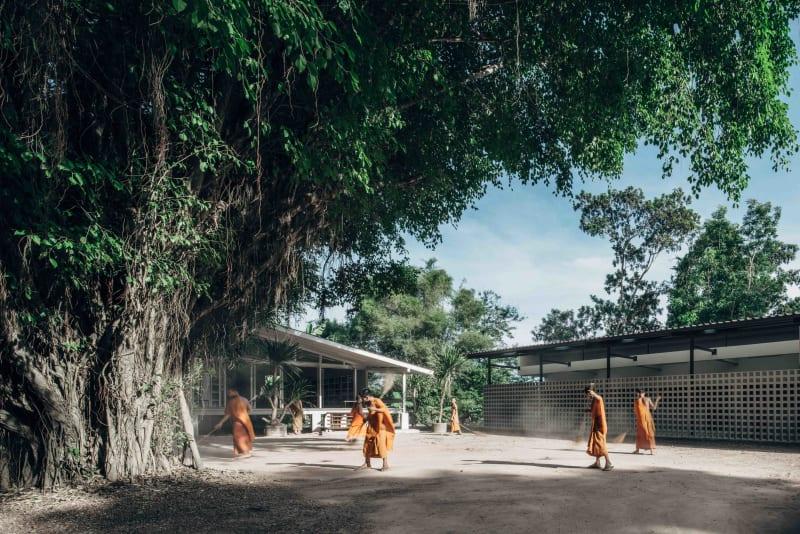 Novice Living Quarters : un nouveau dortoir pour les apprentis moines de Buddhanimit Temple en Thaïlande