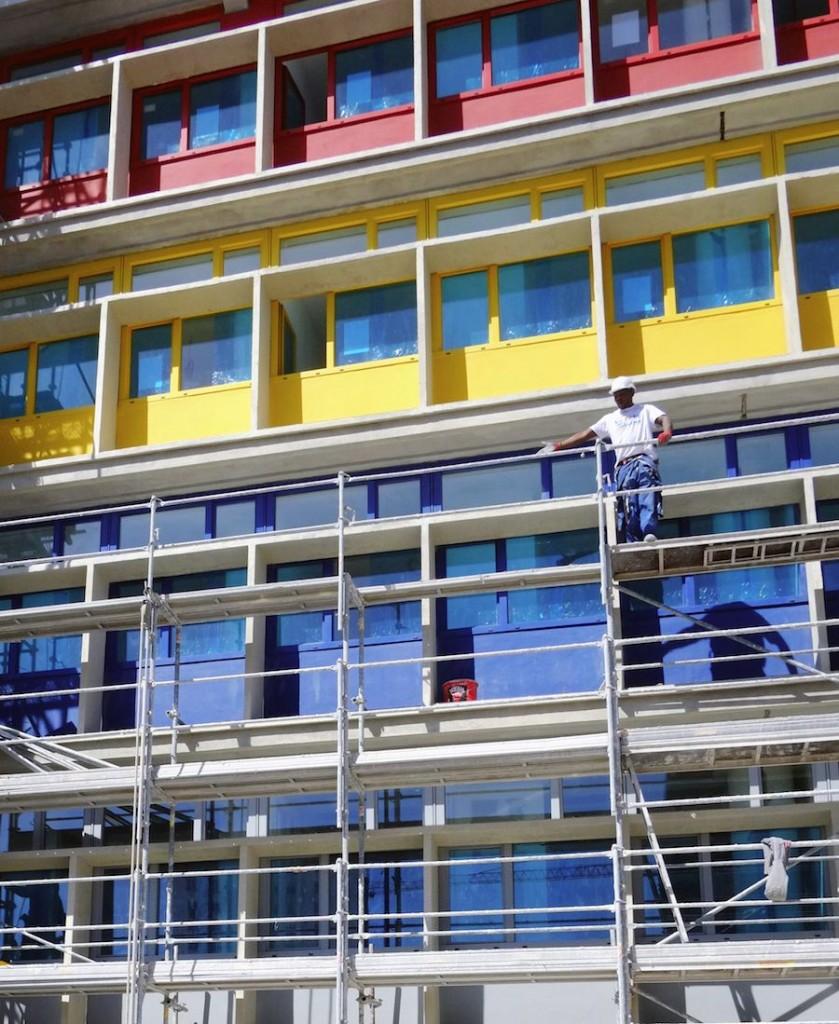 Cité de refuge : facade colorée
