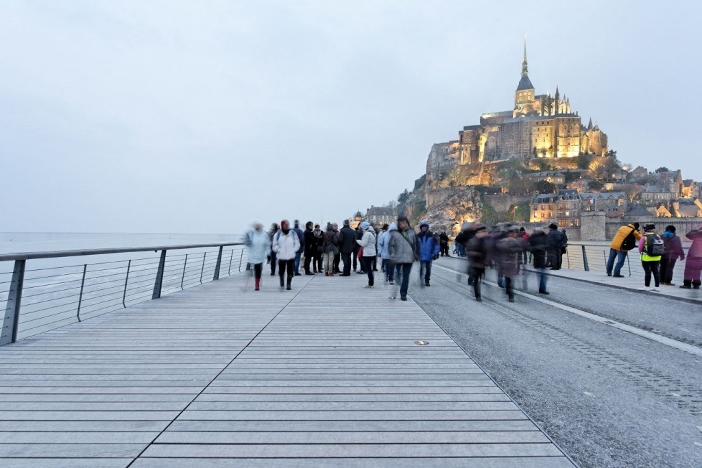 La Jetée Pont-Passerelle du Mont-Saint-Michel