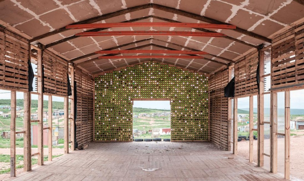 Silindokulhe Pre-School hangar