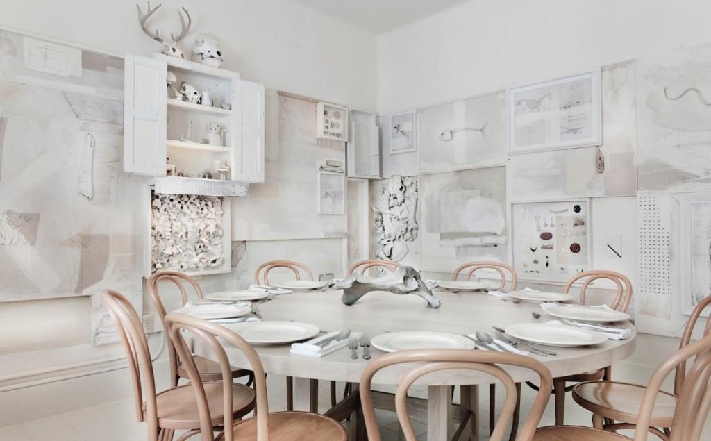 restaurant hueso table ronde