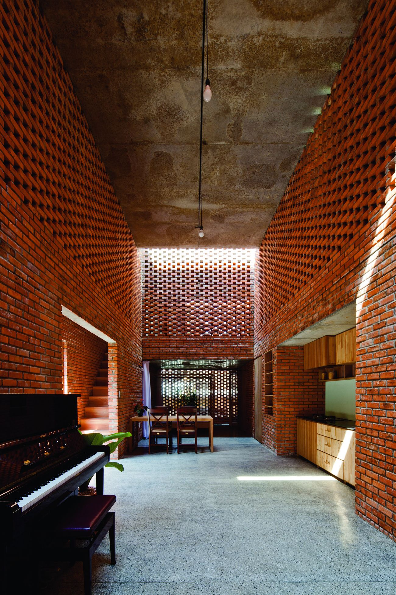 Brick Award_brique_terre cuite_Termitary House_Tropical Space