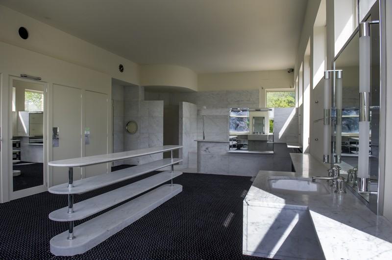 Salle de bains des parents villa cavroix