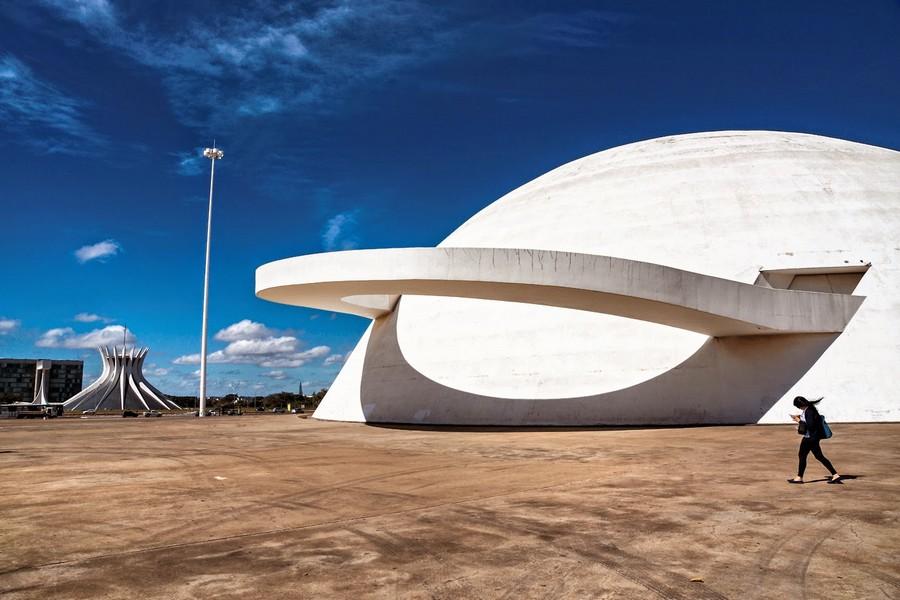 brazilia_monuments_musée_de_brazilia_bresil_oscan_niemeyer